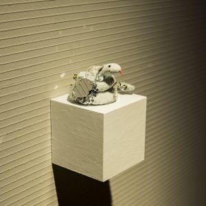 しらぬい 2016/布、糸、ビーズ/ H:5.5cm × W:12.5cm